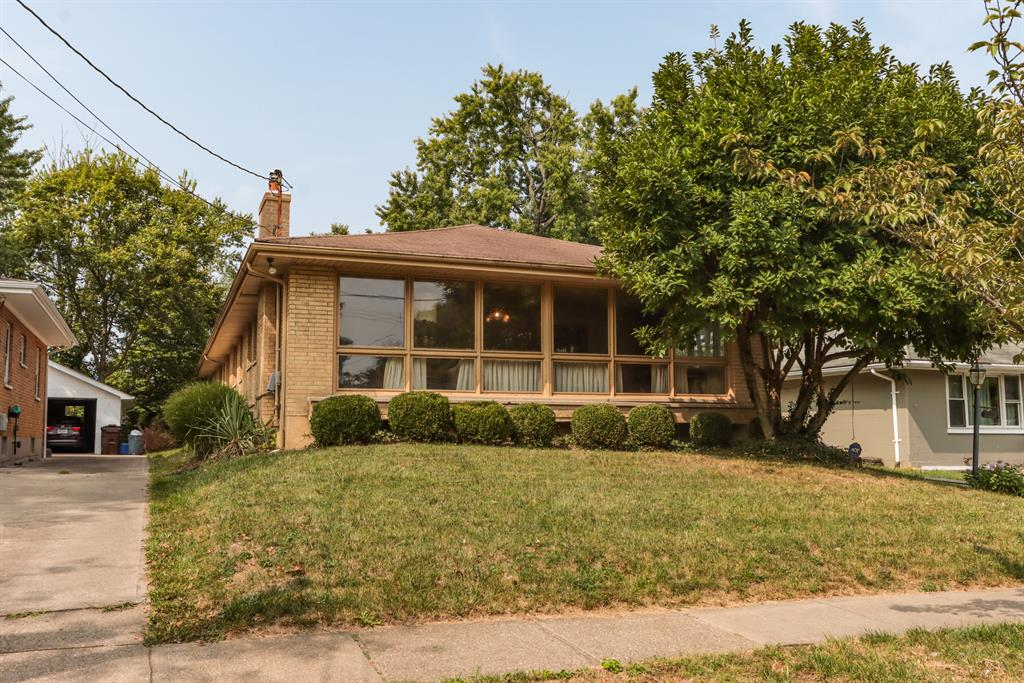 1127 Burns Ave Wyoming, OH