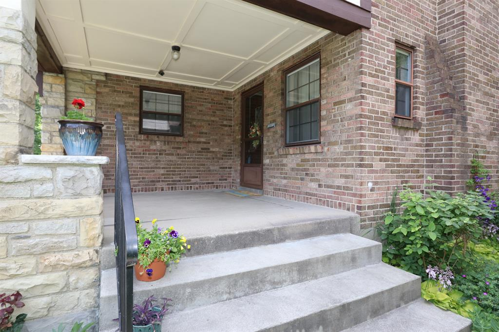 Entrance for 542 McAlpin Ave Clifton, OH 45220