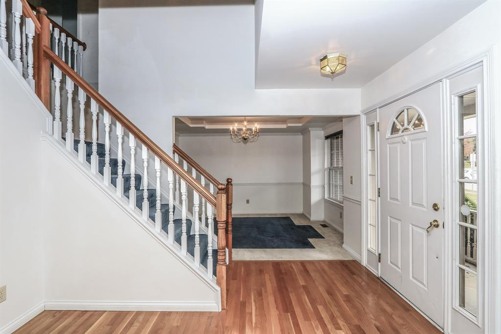 Foyer for 8531 Imperial Ct Florence, KY 41042