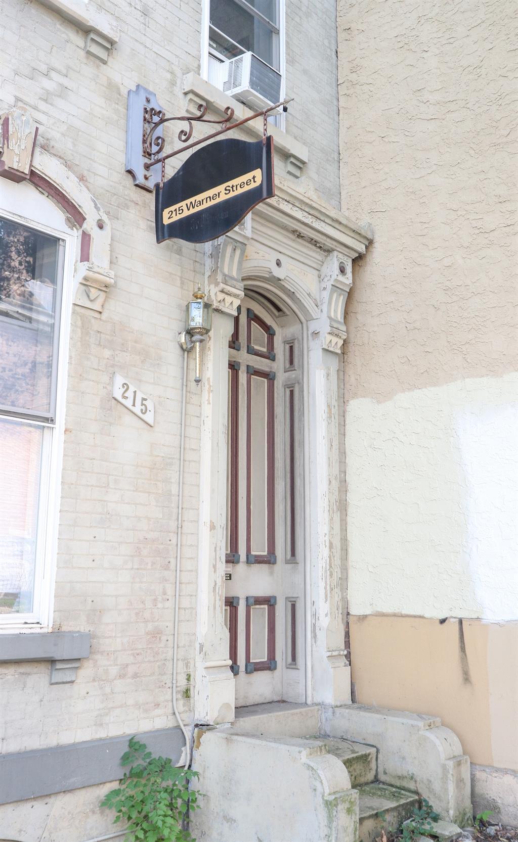 Entrance for 215 Warner St Clifton, OH 45219