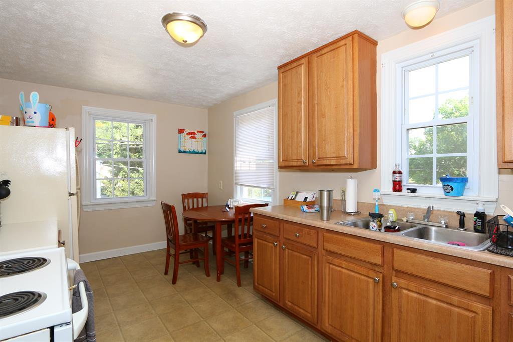 Kitchen for 300 Timberlake Ave Erlanger, KY 41018