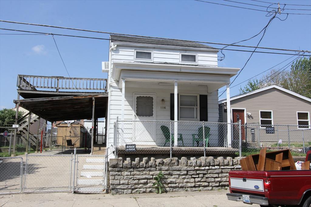 1116 Putnam St