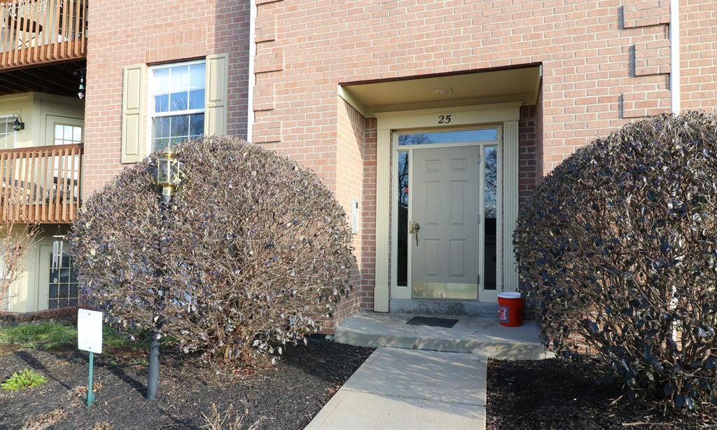 Entrance for 25 Highland Meadows Cir, 4 Highland Heights, KY 41076