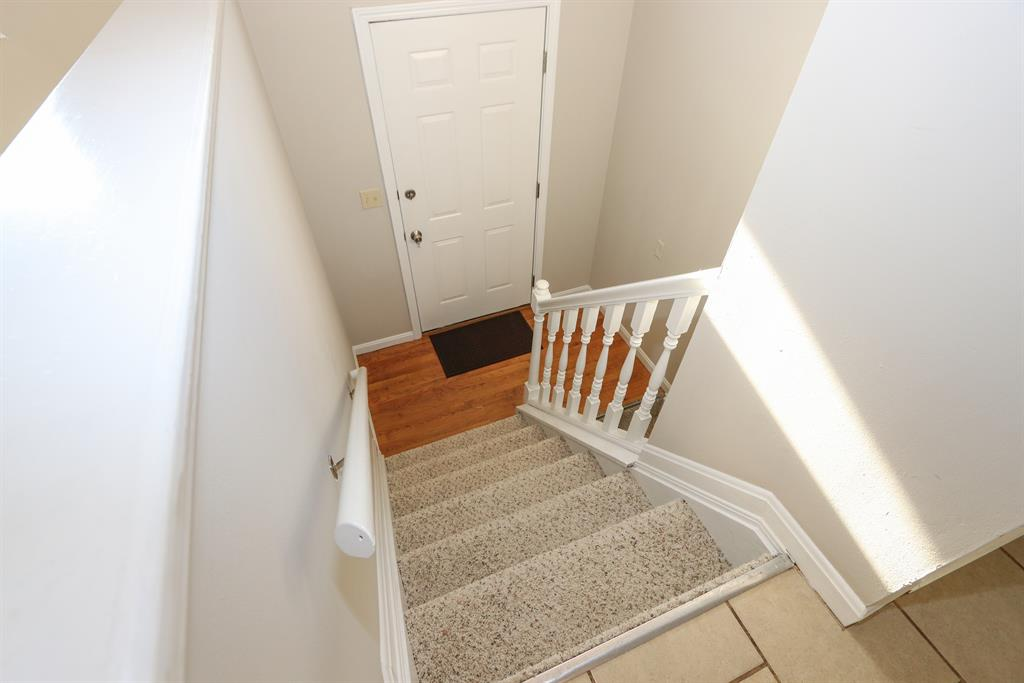 Foyer for 9058 Supreme Ct Independence, KY 41051