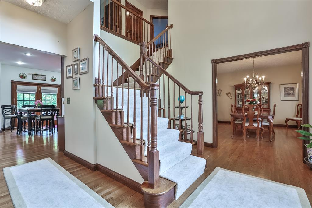 Foyer for 1512 Copper Creek Court Florence, KY 41042