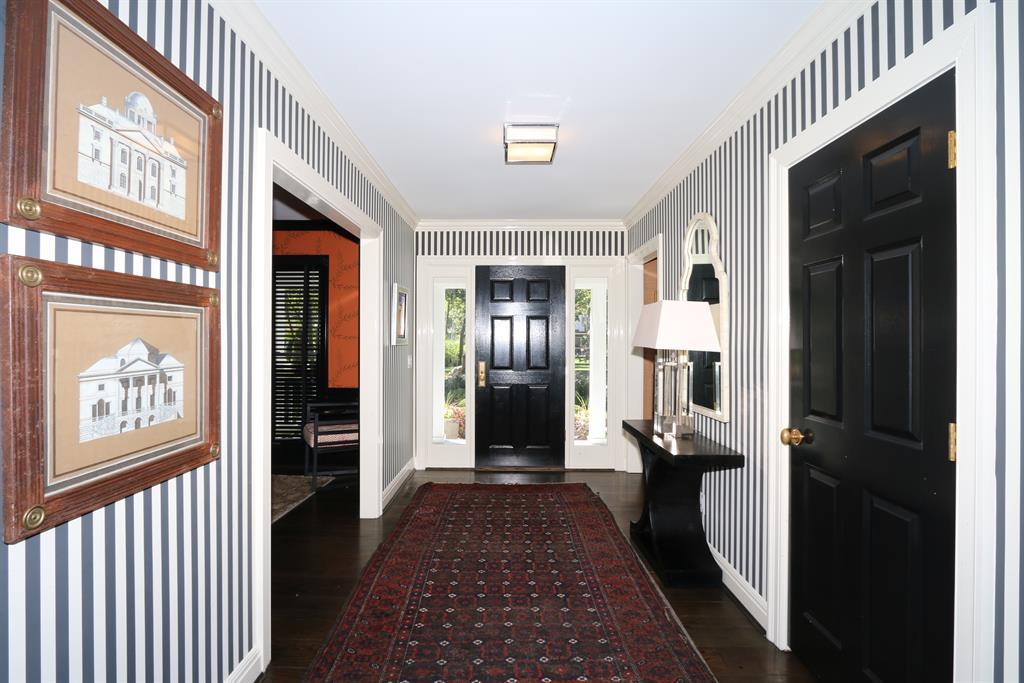 Foyer for 228 Harvard Ave Terrace Park, OH 45174