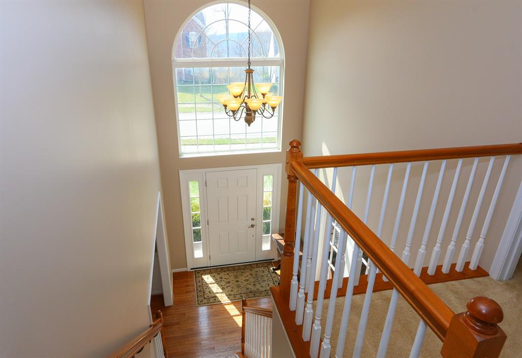 Foyer for 258 Ridgepointe Dr Cold Spring, KY 41076