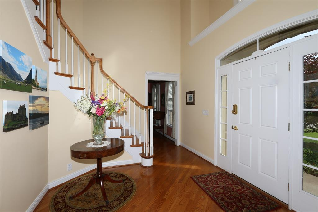Foyer for 931 Appleblossom Dr Villa Hills, KY 41017