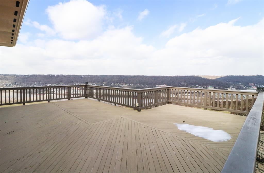 Deck for 1031 Steamboat Way Villa Hills, KY 41017