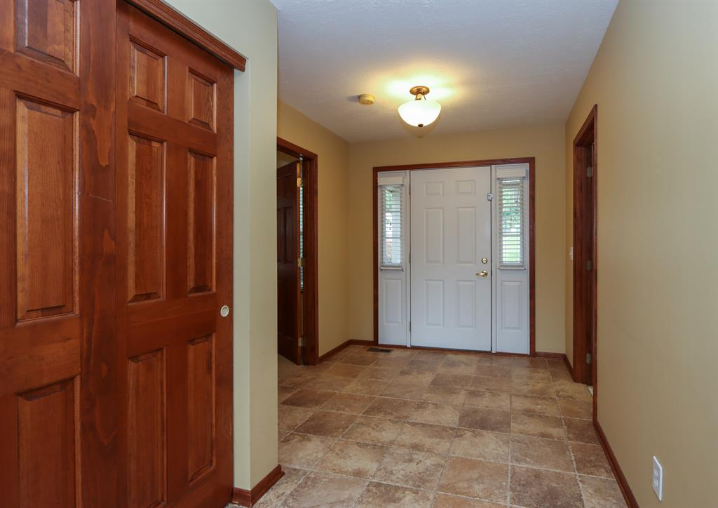 Foyer for 5350 Meadow Estates Dr Monfort Hts., OH 45247