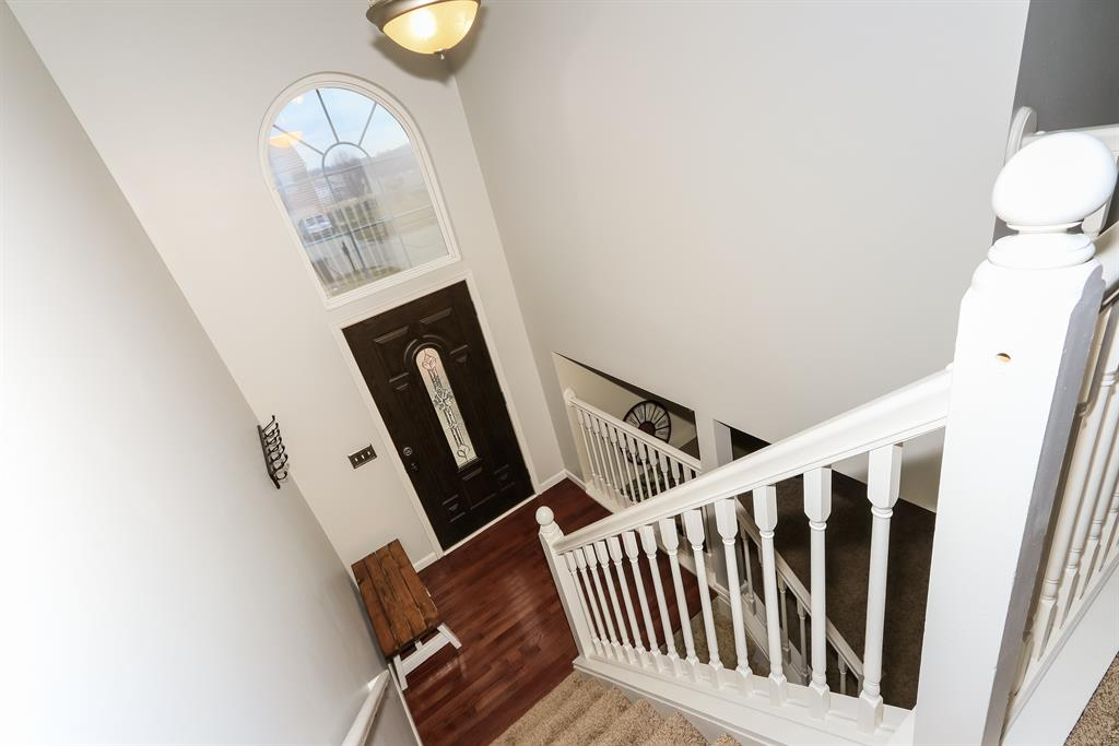Foyer for 1202 Stoneman Ln Independence, KY 41051