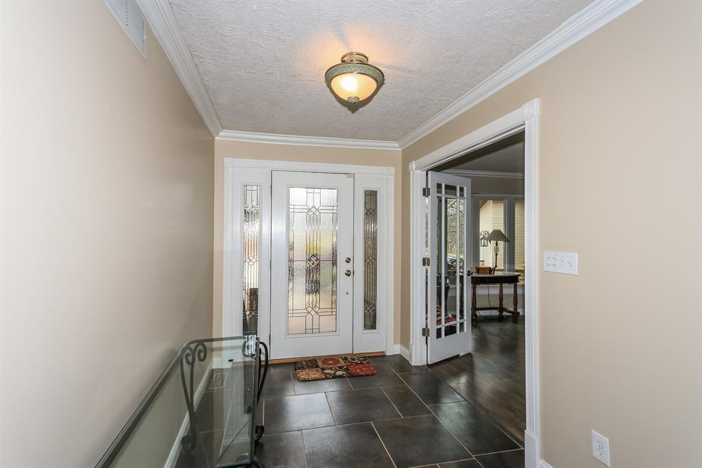 Foyer for 1464 Von Hagge Dr Florence, KY 41042