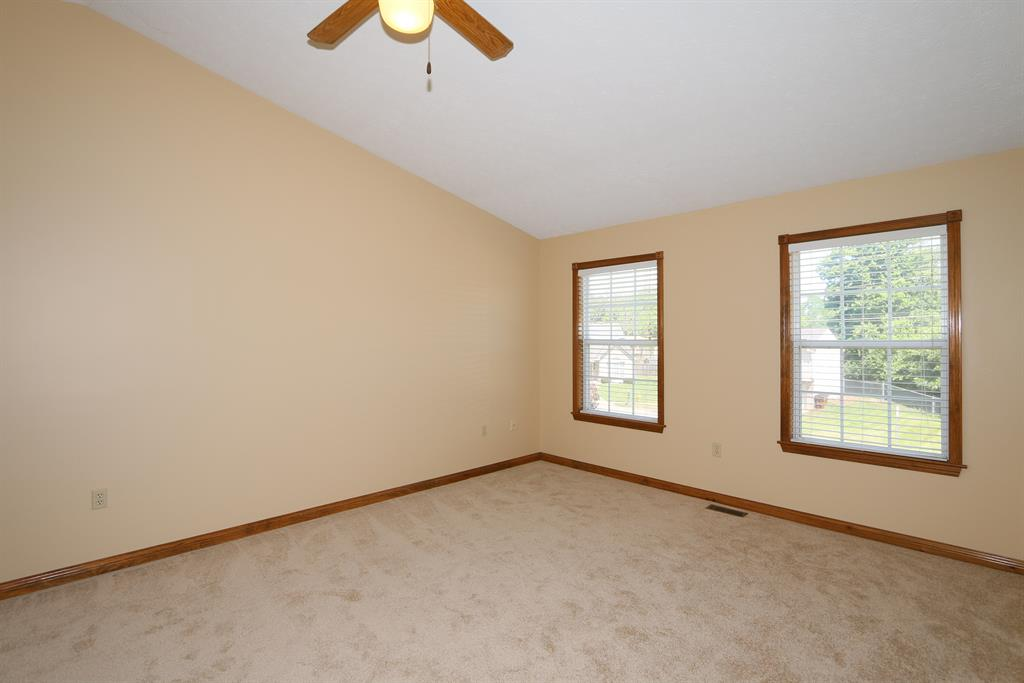 Living Room for 127 Mollie Ct Florence, KY 41042
