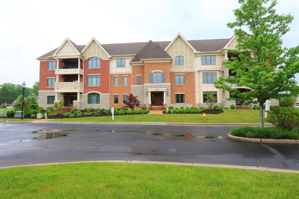 9506 Park Manor, 103 Blue Ash, OH