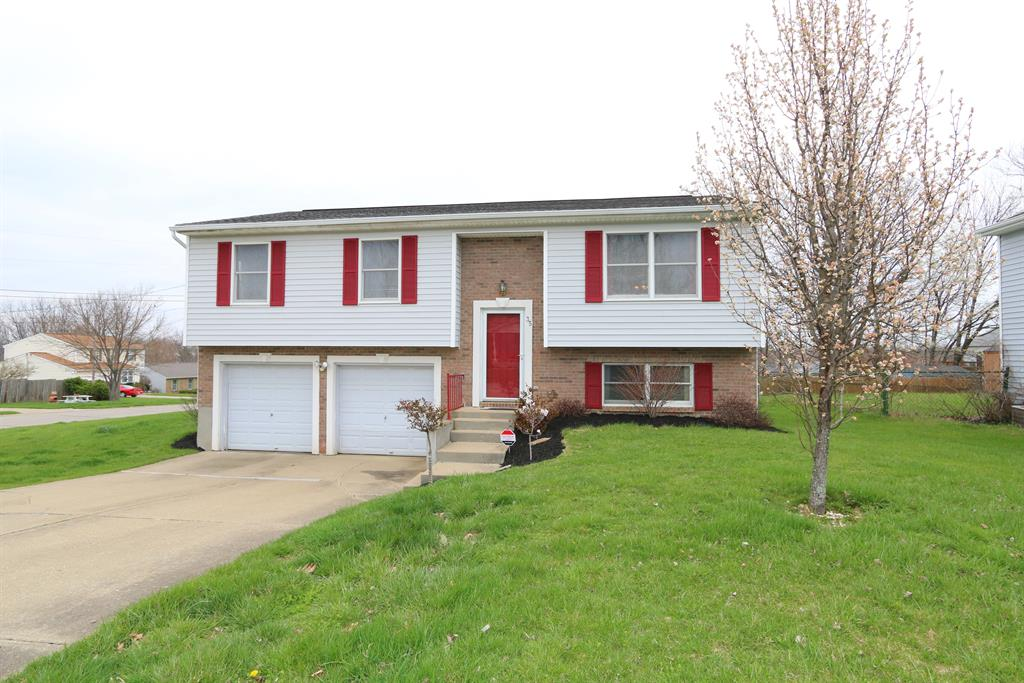 Exterior (Main) for 35 W Cobblestone Ct Florence, KY 41042