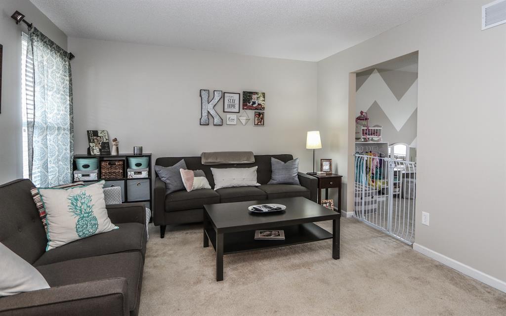 Living Room for 6356 Ravena Dr Fairfield Twp., OH 45011