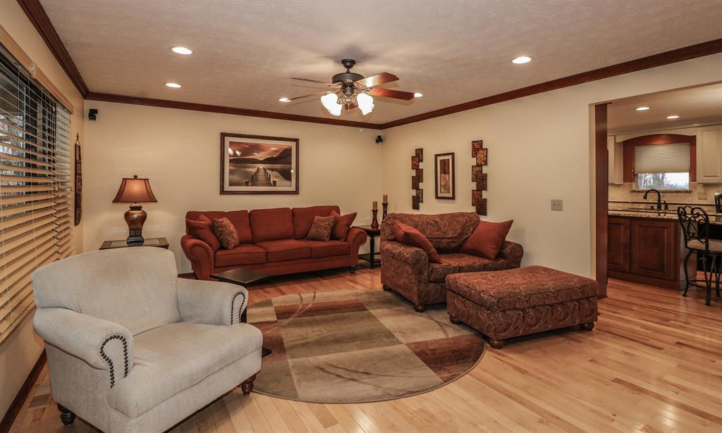 Living Room for 497 Hogrefe Rd Independence, KY 41051