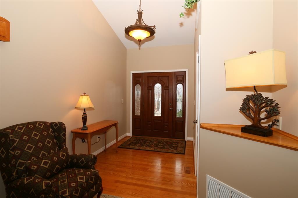 Foyer for 2135 Madison Dr Hebron, KY 41048