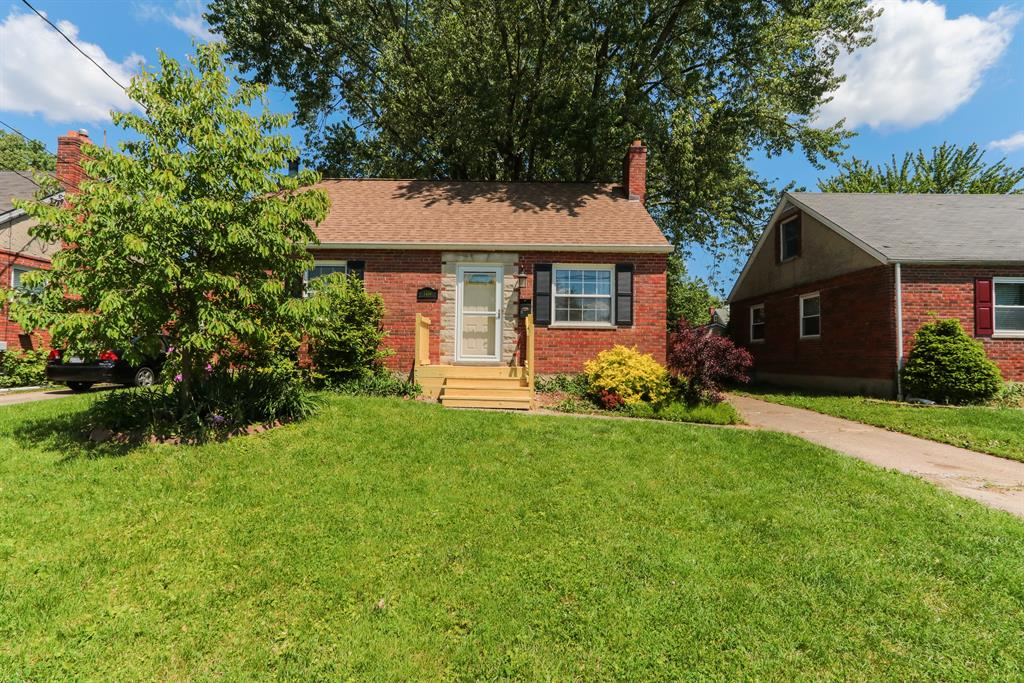 Exterior (Main) 2 for 4480 Victor Ave Blue Ash, OH 45242
