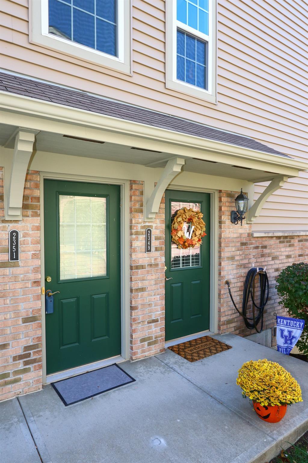Entrance for 2351 Twelve Oaks Dr Florence, KY 41042