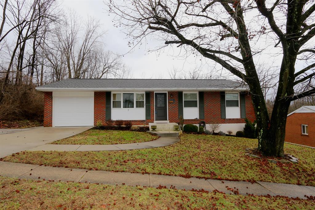 Exterior (Main) for 7 Bordeaux Dr Highland Heights, KY 41076