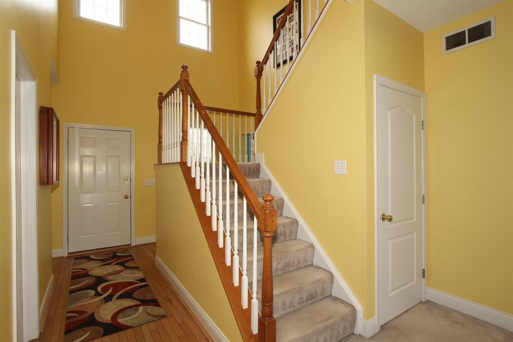 Foyer for 5185 Dana Harvey Ln Independence, KY 41051