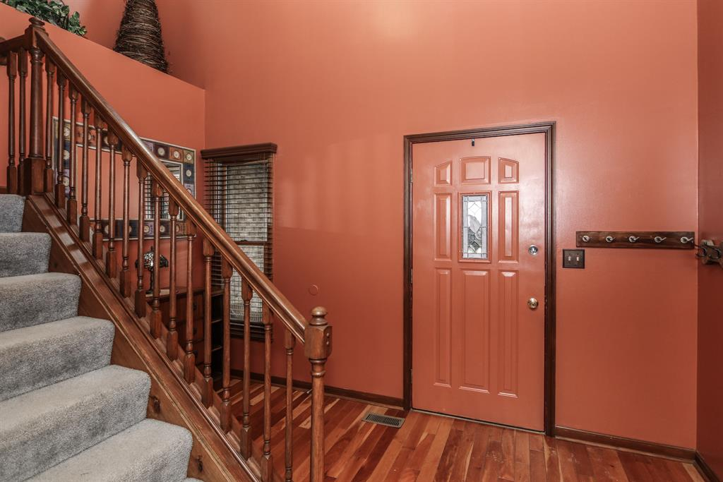 Foyer image 2 for 9868 Camden Darrtown Rd Preble County, OH 45311