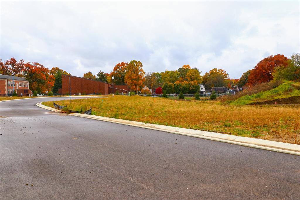 Additional Photo 2 for 14 Daniels Wlk Sayler Park, OH 45233