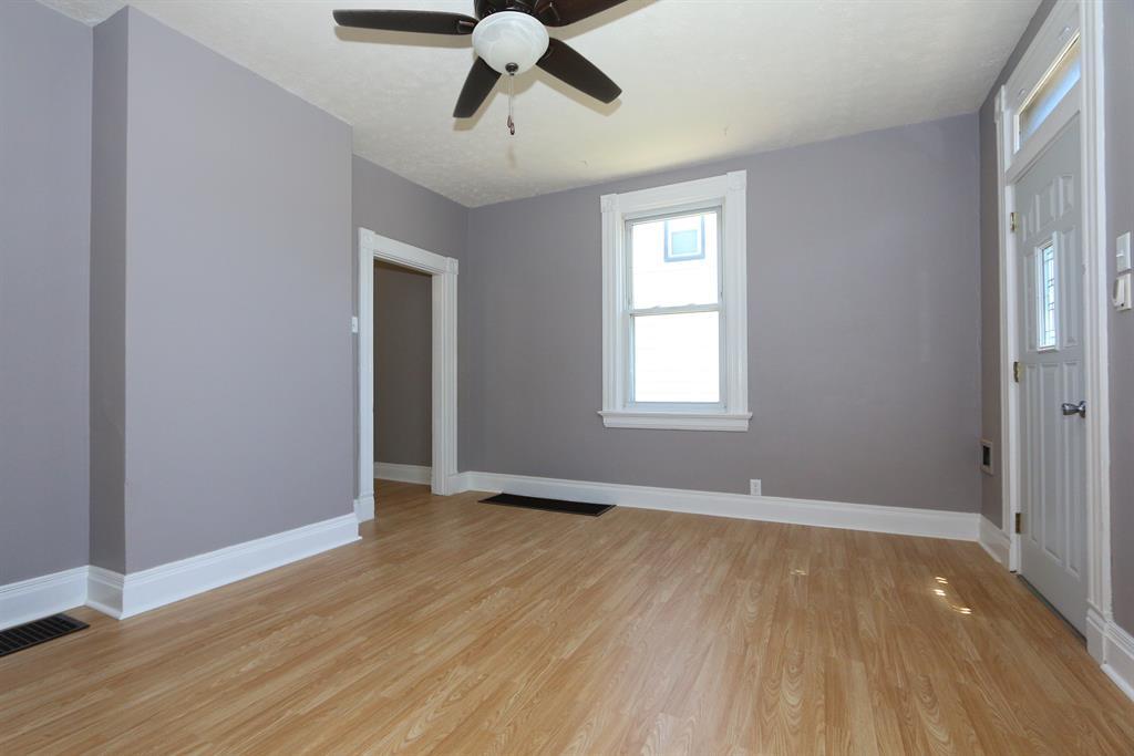 Living Room for 330 Bradley Ave Reading, OH 45215
