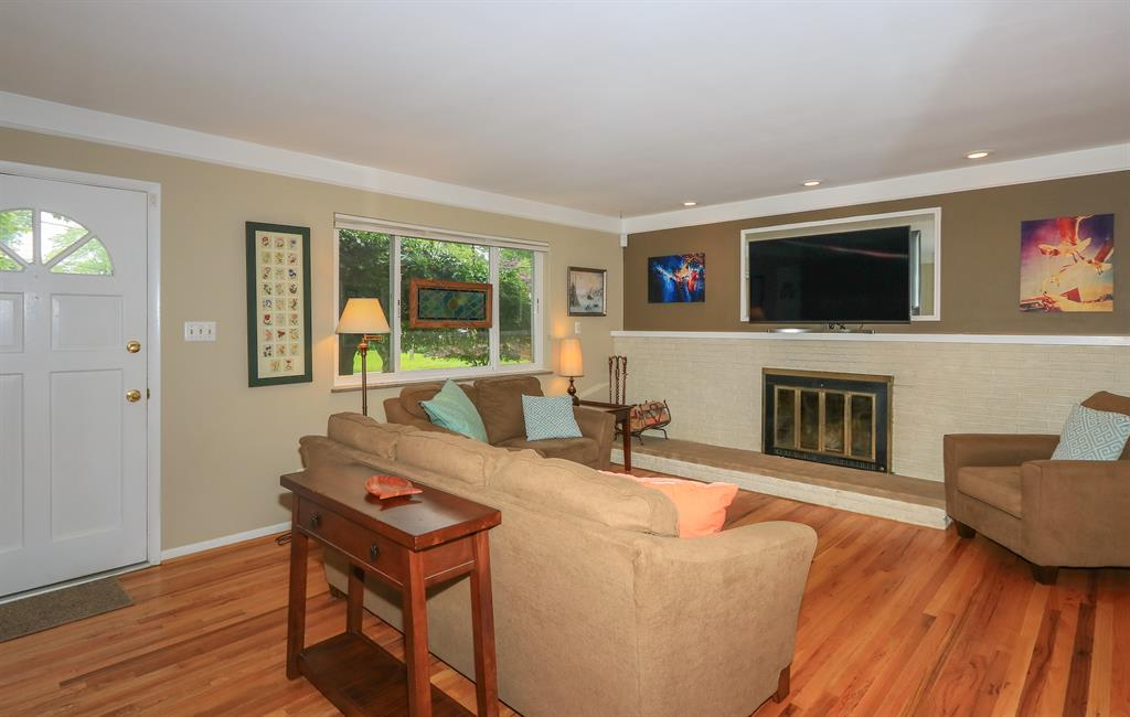 Living Room for 4671 Hemesath Dr Sycamore Twp., OH 45242