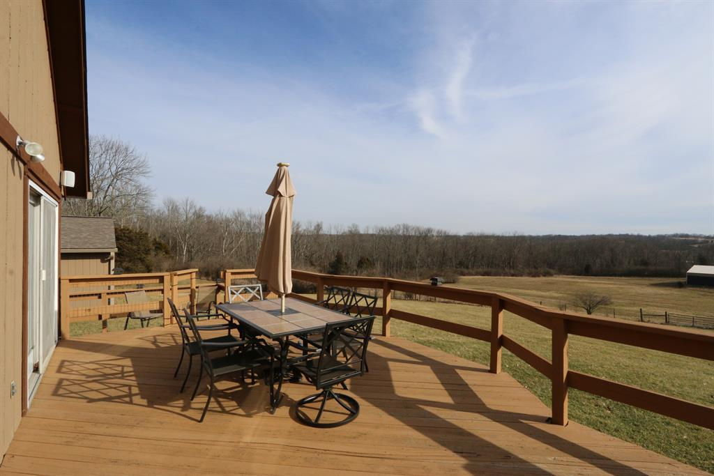 Deck for 2642 Bell Rd Morgan Twp., OH 45013