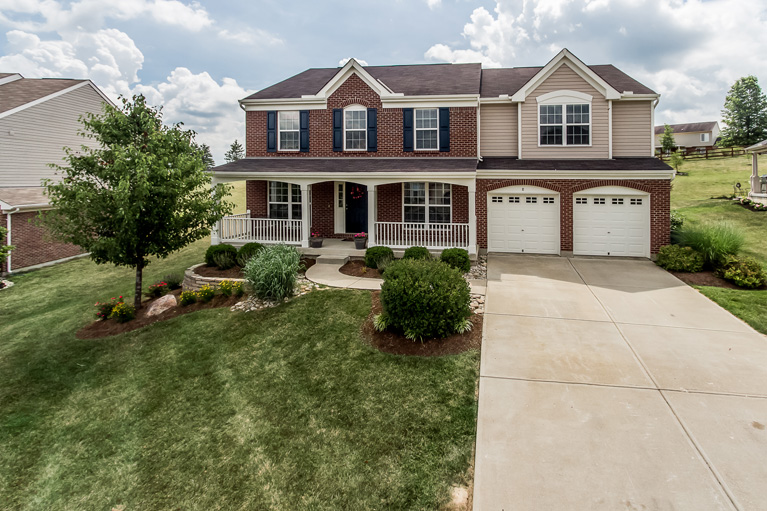 real estate photo 1 for 8 Woodcrest Dr Alexandria, KY 41001