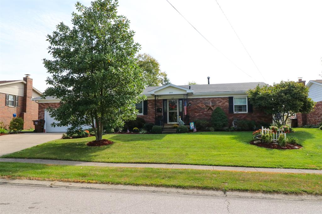 Exterior (Main) 2 for 105 Lawrence Dr Florence, KY 41042