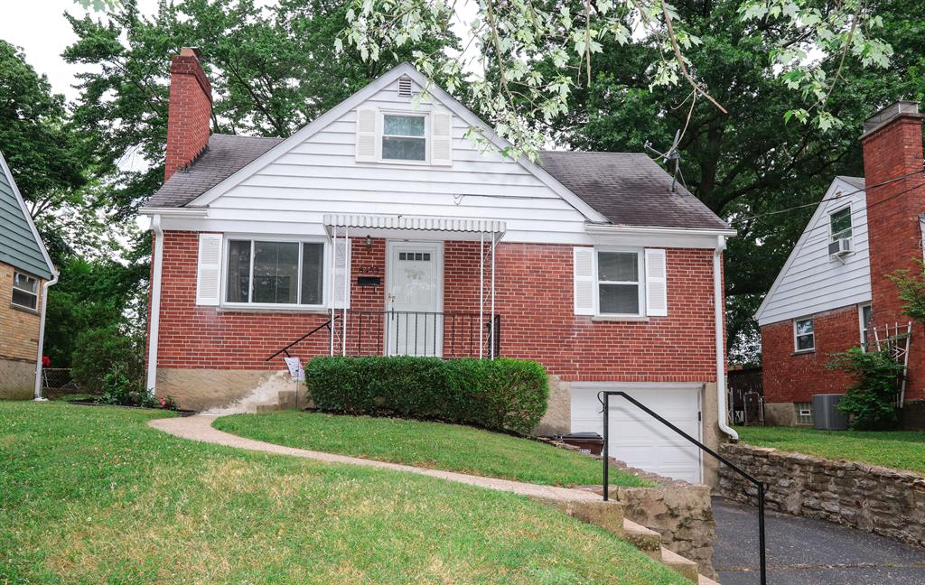 8459 Wexford Ave