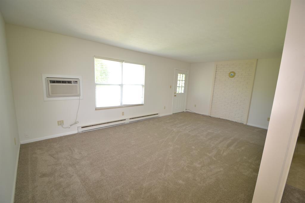 Living Room for 1835 River Rd Huntington Twp., OH 45101