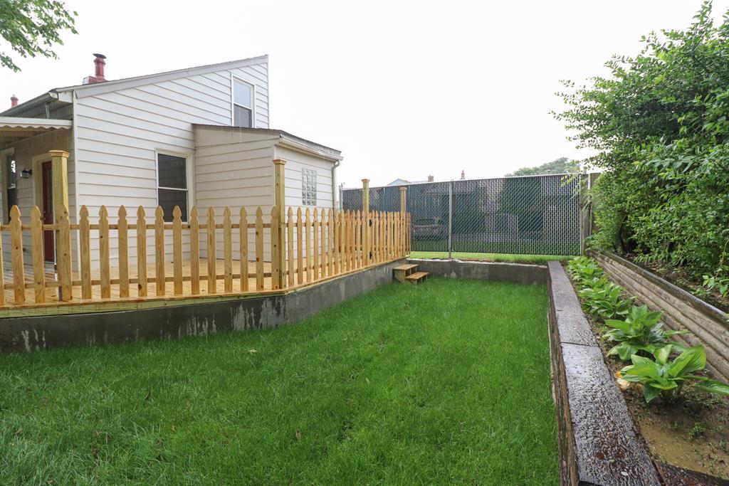 Exterior 2 for 637 Roberts St Newport, KY 41071