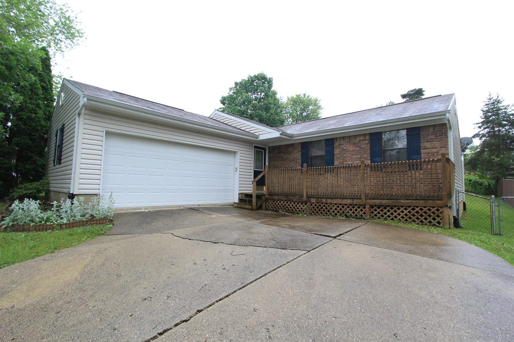 Exterior (Main) for 7706 Walnut Creek Dr Florence, KY 41042