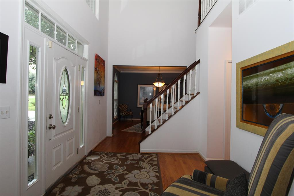 Foyer for 7001 Shadetree Ct Florence, KY 41042