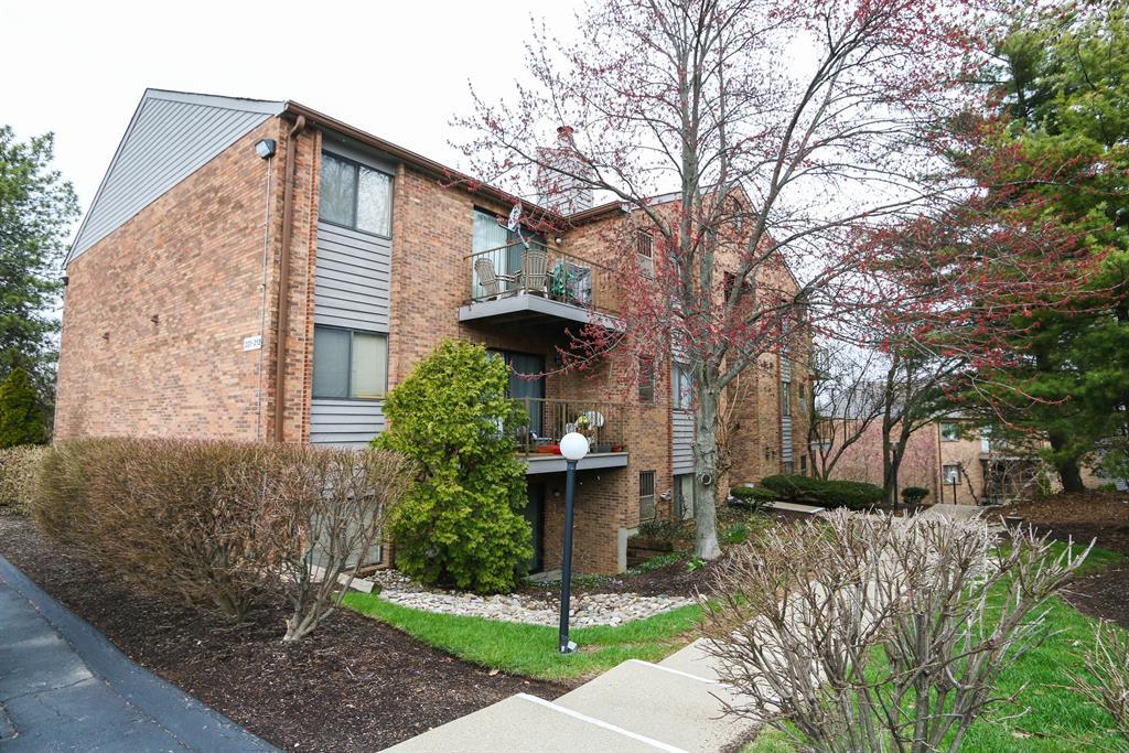 1544 W Galbraith Rd, 203 North College Hil, OH