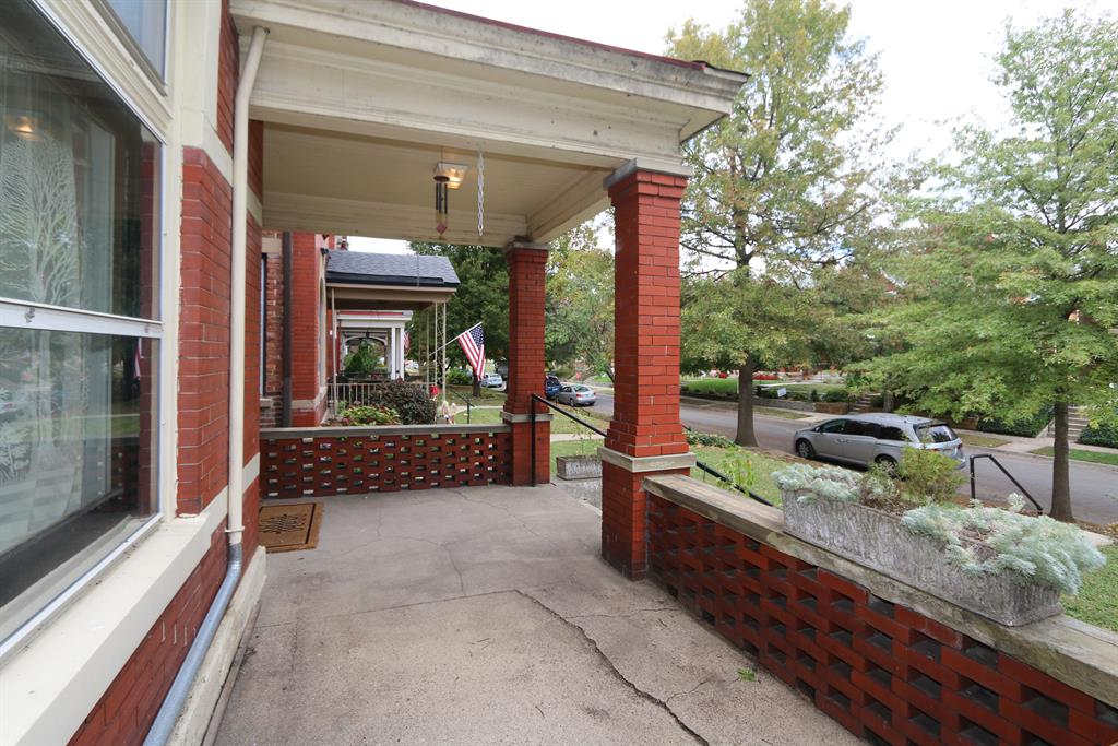 Porch for 630 Maple Ave Newport, KY 41071