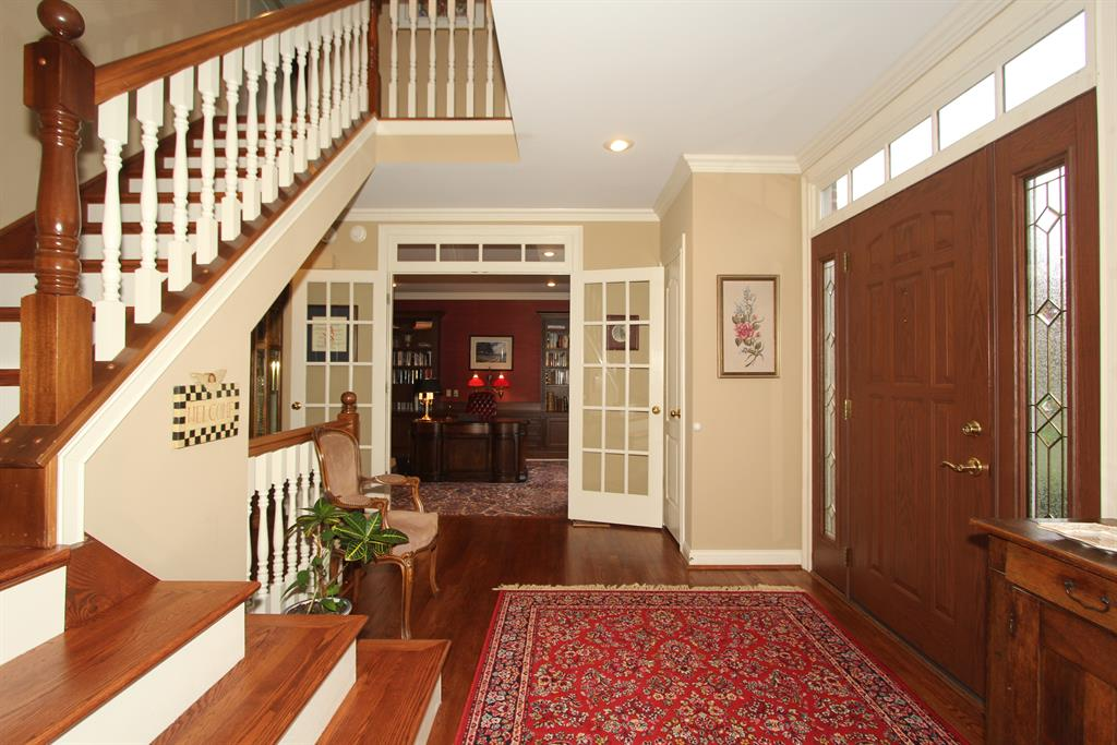 Foyer for 968 Dustwhirl Dr Union, KY 41091