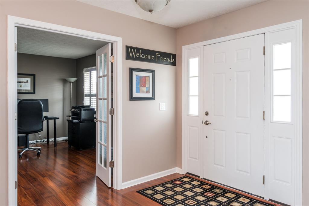 Foyer for 1450 Red Barn Way Beavercreek, OH 45434