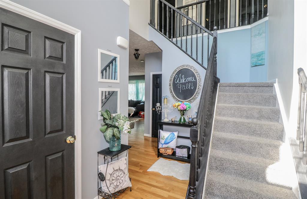 Foyer for 9701 Cherbourg Dr Union, KY 41091