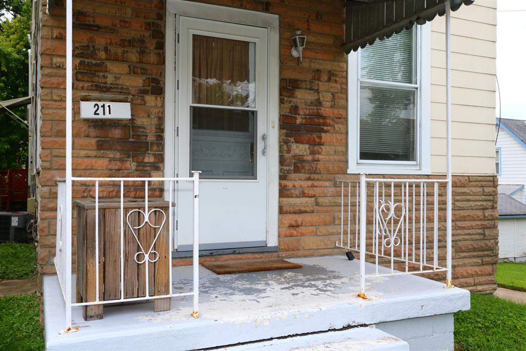 Entrance for 211 Cleveland Ave St. Bernard, OH 45217