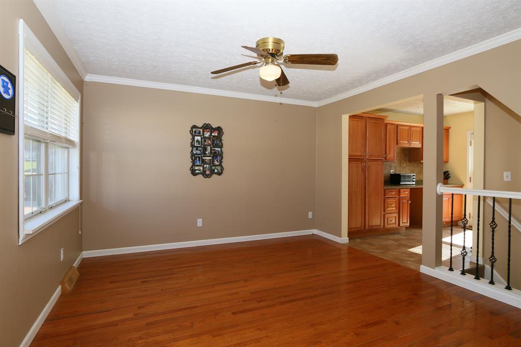 Living Room for 3309 Thomas St Erlanger, KY 41018