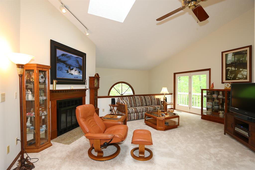Living Room for 11738 Gable Glen Ln Symmes Twp., OH 45249