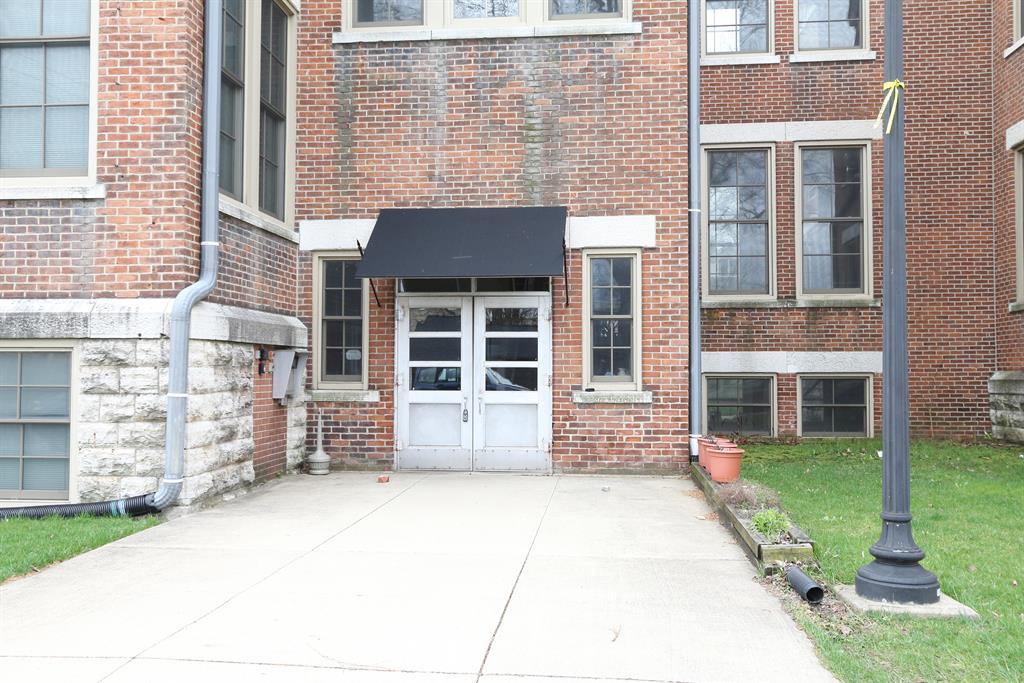 Entrance for 226 McDaniel St, 230 Dayton, OH 45405