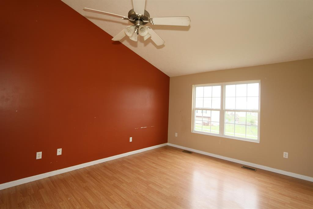 Living Room for 10358 Chambersburg Dr Independence, KY 41051