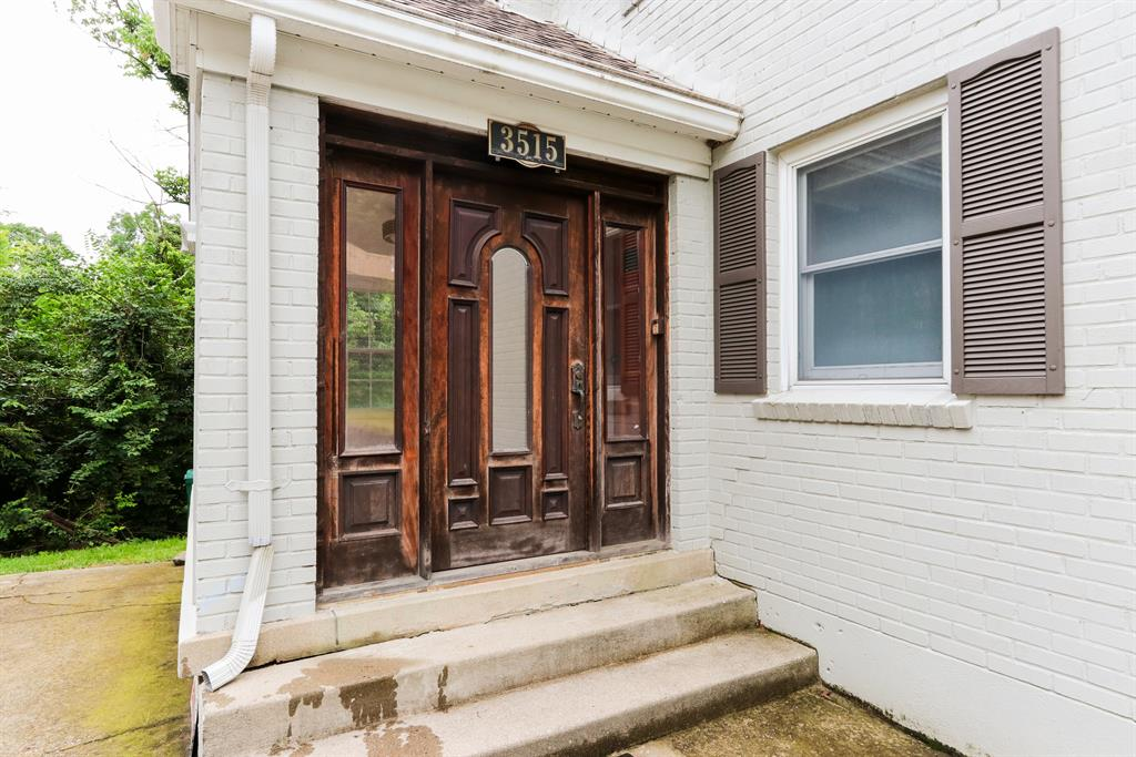 Entrance for 3515 Linwood Ave Linwood, OH 45226