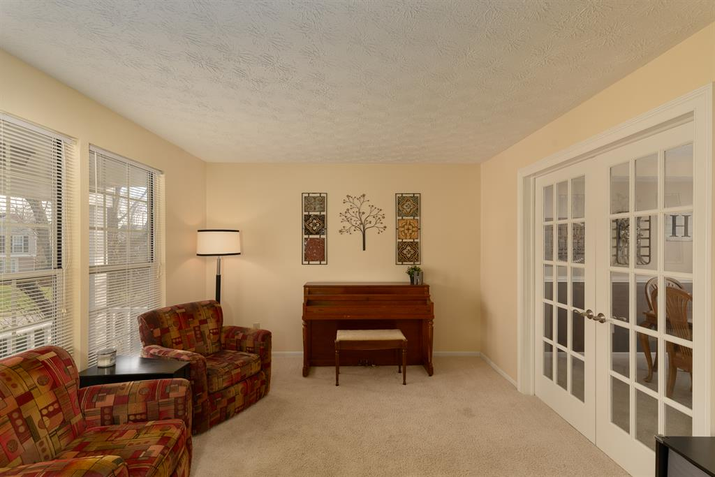Living Room for 5440 Stone Hill Dr Taylor Mill, KY 41015